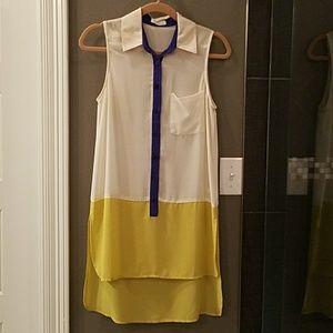 Tops - Sheer color block tunic