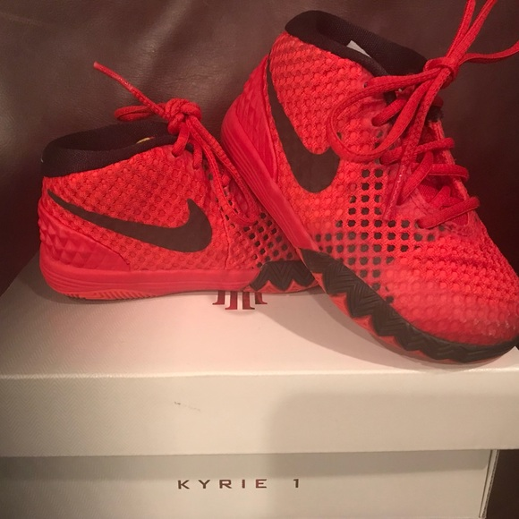 0f3647eff69c Nike Kyrie Irving I Toddler 6c US. M 59cb09e96d64bc42d30e8aa2. Other Shoes  ...