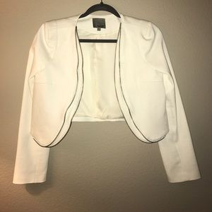 Cropped Jacket/Blazer