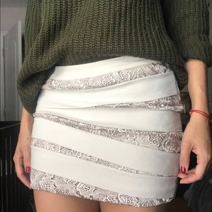 *sold* Lace mini skirt