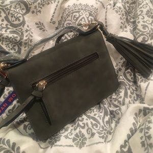 965fc9510c Free People Bags - Violet Ray cross body olive green purse