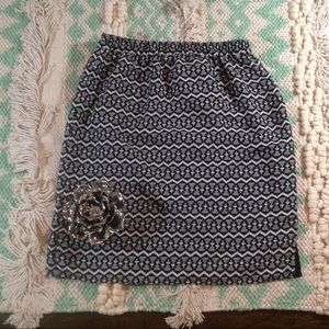 SALE! Ann Taylor LOFT Pull-on Skirt | Size Small