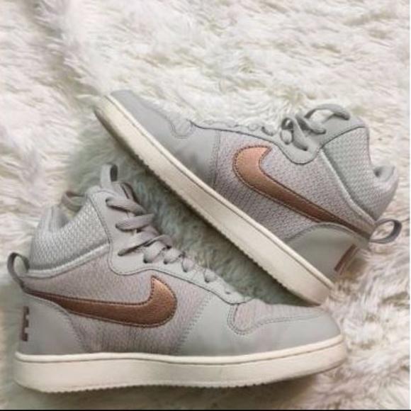 Nike Court Borough Mid Premium Rose Gold 6.5. M 59cba698f09282a1881021eb e3feae3fe