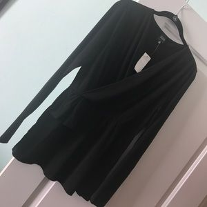 NWT M Black Saks Fifth Ave top