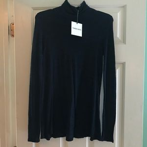 Heather Blue Three Dots Turtleneck Size Small