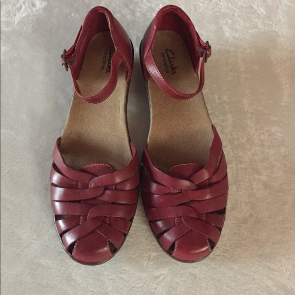 a8b2fec9a87 Clarks Shoes - Clarks red leather sandals