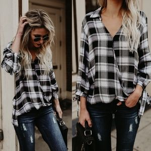 BECCA Plaid Bow Tie Sleeve Top - WHITE/BLACK mix