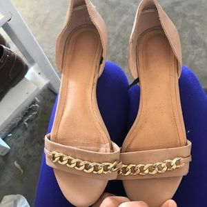 Shoes - Super cute flats!