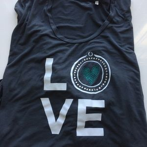Love Shirt With Rhinestone heart Size XL