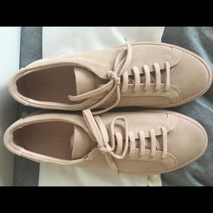 b8bf7eedd653 Common Projects Shoes - BRAND NEW. Common Projects women s blush sued