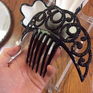 Vintage Accessories - 👑Vintage Swirling Black Hair Comb Large Crown