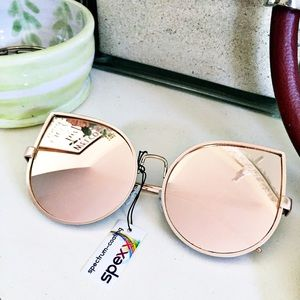 Accessories - Mirrored large lens sunglasses