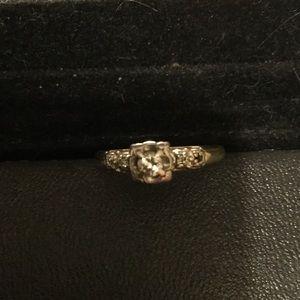 Vintage 1920s 14k Gold Diamond Ring