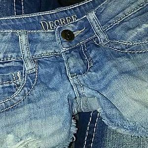 Decree light destruction wash denim shorts size 0