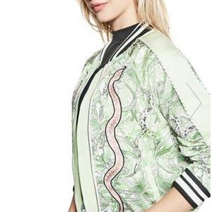Sale❤️ Guess Snake Print Bomber Jacket Size Medium