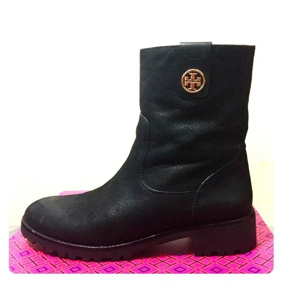 6ead76044558 Tory Burch Oakridge Mid Calf Boots Black 7.5. M 59cc5706c6c795c97f007924