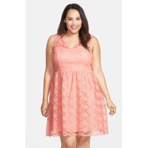 Marina Plus size dress