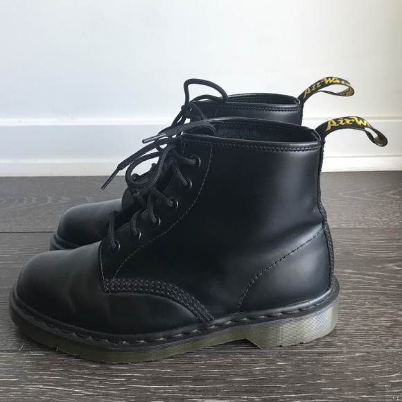 f6450990a61 DR. MARTENS 101 SMOOTH IN BLACK