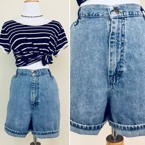 Vintage 90s Lee Mom Jeans High Waist Denim Shorts