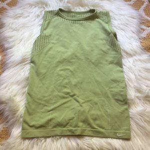 green nike shirt size M/L