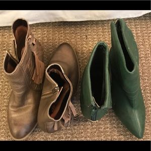 Shoes - Gold Kenneth Cole Reaction & Green are Kiss & Tell