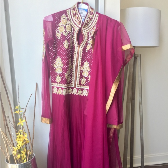 Image result for Buying Sarees Online istock