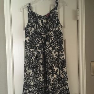 Reposhing. Pretty dress size small