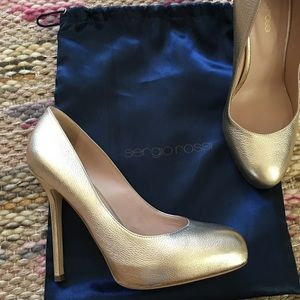 Sergio Rossi gold pumps size 8.5