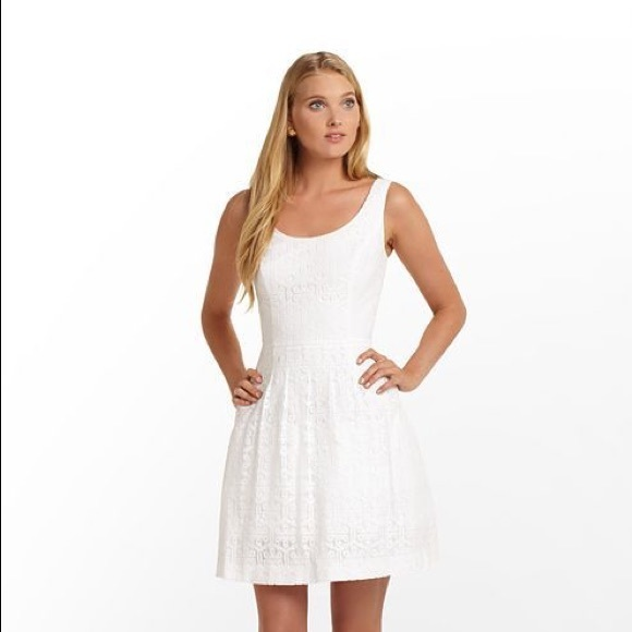 Lilly Pulitzer Dresses & Skirts - Lilly Pulitzer White Lace Posey Dress