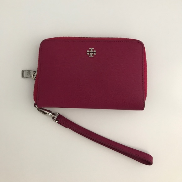 Tory Burch Handbags - Tory Burch Pink Robinson Zip Continental Wallet