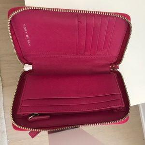 Tory Burch Bags - Tory Burch Pink Robinson Zip Continental Wallet