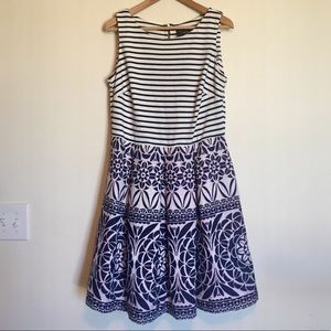 Stripe contrasting print dress with pockets