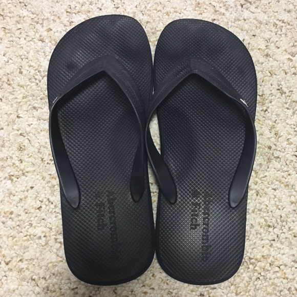 240896a8084e63 Abercrombie   Fitch Other - Abercrombie   Fitch - Navy Flip Flops
