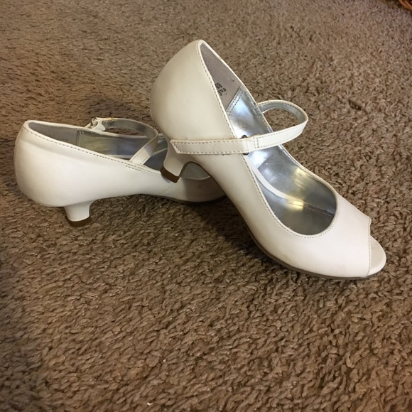Payless Shoes   Girls Dress Size