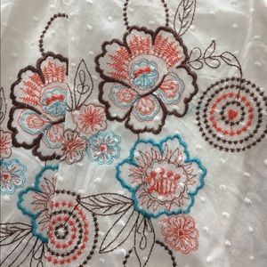 NWT Juniors floral embroidered skirt fully lined