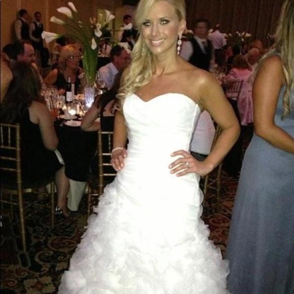 Monique Lhuillier Dresses   Wedding Gowndress And Veil   Poshmark