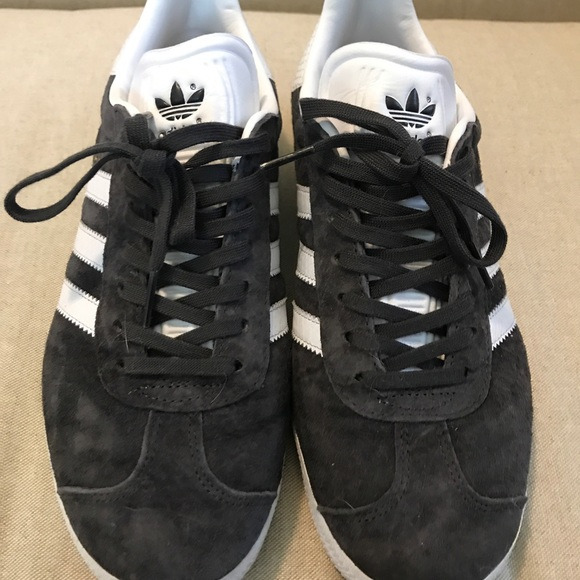 scarpe adidas gazzella poshmark femminili