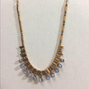 Jewelry - Pretty Gold Tone stylish Necklace