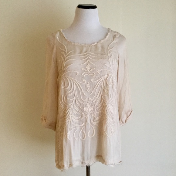 14ad563dfacadf Mango Boho Sheer Embroidered Blouse. M 59cd30ab6802788c2702c437