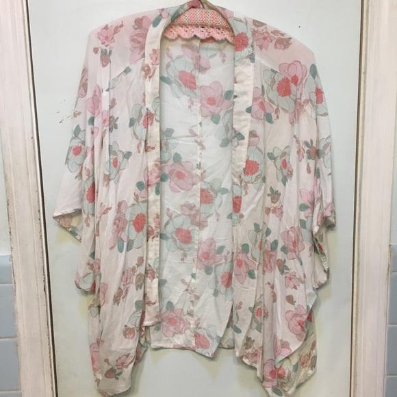 652c2707f Old Navy Tops | Floral Kimono | Poshmark