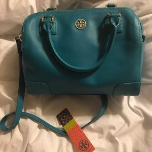 Tory Burch Robinson  Middy Bag- 1 Hour Sale
