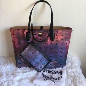 NWT MCM Galaxy Visetos Medium Shopper Tote Bag
