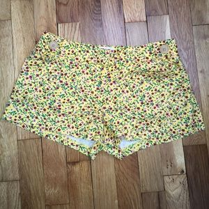 Urban outfitter Pin and Needles floral shorts