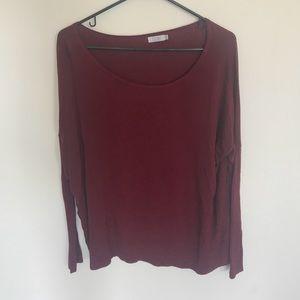 Loose long sleeve red shirt