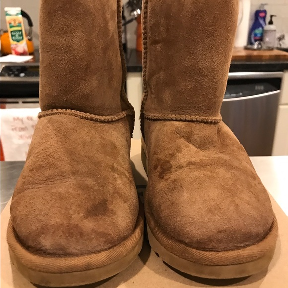 Youth girls chestnut color uggs size 12