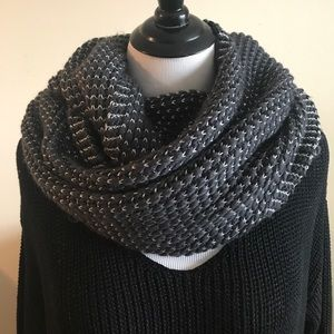Accessories - Grey Infinity Scarf! Shiny Silver Woven Through!