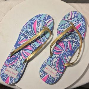 Lily Pulitzer Target gold strap flip flop so 9/10