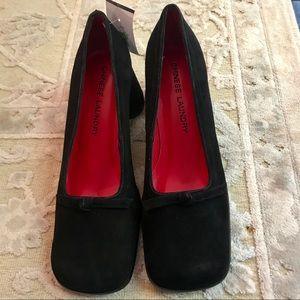 CHINESE LAUNDRY MICRO SUEDE OVAL HEELED PUMP W BOW