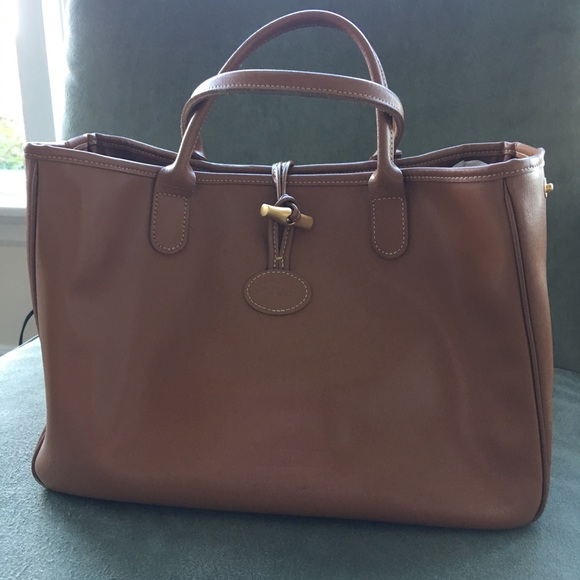 f014f20af975 Longchamp Handbags - Vintage Longchamp Roseau heritage tan leather bag.