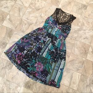 NWOT PINS AND NEEDLES floral dress